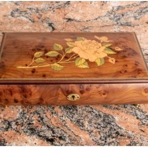 MY HEART WILL GO ON Vintage Wood Rectangle jewelry Music Box